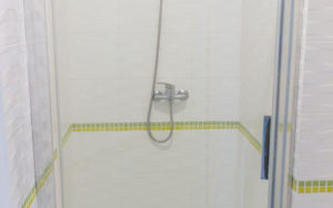 gallery_onmh_shower-cabin-hospital